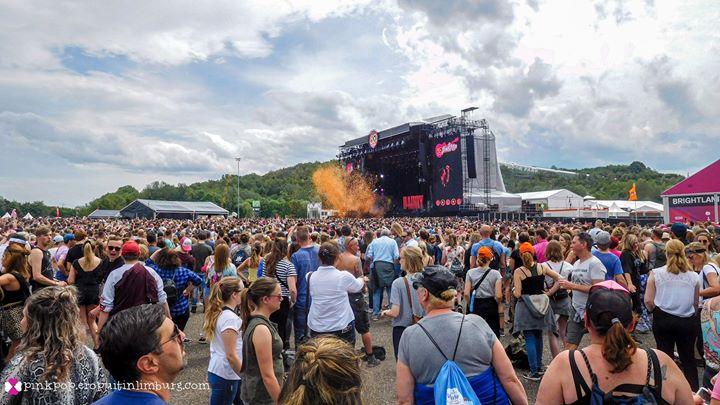 Gitarist Cage the Elephant breekt knieschijf tijdens optreden Pinkpop; tour afgeblazen